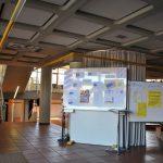 Eingangsbereich mit Infotafel