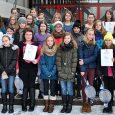 """Es ist schon fast Tradition: Elly-Heuss-Schülerinnen nehmen mit rekordverdächtigen Teilnehmerzahlen am Landeswettbewerb """"Experimente antworten"""" teil. Heuer waren es sogar 47 Mädchen aus der Unter- und Mittelstufe. Um die zentral gestellten Aufgaben zu bearbeiten, benötigt man..."""