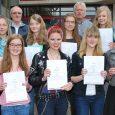 11 Schülerinnen des Elly-Heuss-Gymnasiums erhielten die Urkunden für ihre ansprechenden, guten und sehr guten Leistungen beim Bundeswettbewerb Fremdsprachen. 2 Schülerinnen (Linda de Wilde und Theresa Vogl) errangen sogar einen 2. Landespreis, der ein Preisgeld von...