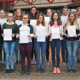 Erneut schafften es 14 Schülerinnen des Elly-Heuss-Gymnasiums beim Bundeswettbewerb Fremdsprachen Leistungen abzuliefern, die laut Urkunden über dem Niveau des im Klassenzimmer Gelehrten lagen. Besonders erfreulich ist, dass 5 Mädchen am TEAM – Schule Wettbewerb teilnahmen...