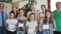Die Fachschaft Mathematik schrieb im zweiten Schulhalbjahr schulintern einen Knobelwettbewerb aus. Fünf Monate lang waren knifflige Aufgaben mit mathematischem Hintergrund zu meistern. Damit mussten die Teilnehmer Ausdauer und Hartnäckigkeit beweisen. Die Schülerinnen der fünften und...