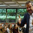 Besondere methodische Schulung für die Mittelstufe Auch in diesem Schuljahr sollten die 8. Klassen mit einer besonderen Veranstaltung gleich zu Beginn des Schuljahres ins praktische Schulleben eingeführt und motiviert werden, wozu wiederum der Gedächtnistrainer Markus...