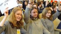 """""""Unsere Stimme zählt und wir haben die Pflicht als Europäer und Europäerinnen für die europäischen Werte einzustehen"""", so begann Kirk Koelstra, der diesjährige Präsident des Model European Parliaments, seine Rede zur Eröffnung der 3-tägigen Veranstaltung..."""